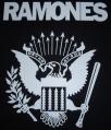 Zádovka RAMONES orlice bw
