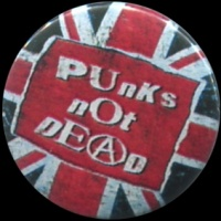 Placka 25 PUNK´S NOT DEAD Brit flag