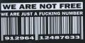 Zádovka WE ARE NOT FREE nápis