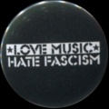 Placka 25 LOVE MUSIC hate fascism