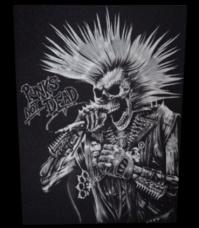 Zádovka PUNK´S NOT DEAD punker zoid