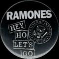 Placka 25 RAMONES hey ho