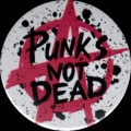 Placka 37 PUNK´S NOT DEAD white anarchy